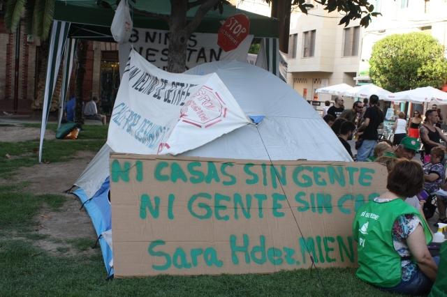 Casas Sin Gente Gente Sin Casa